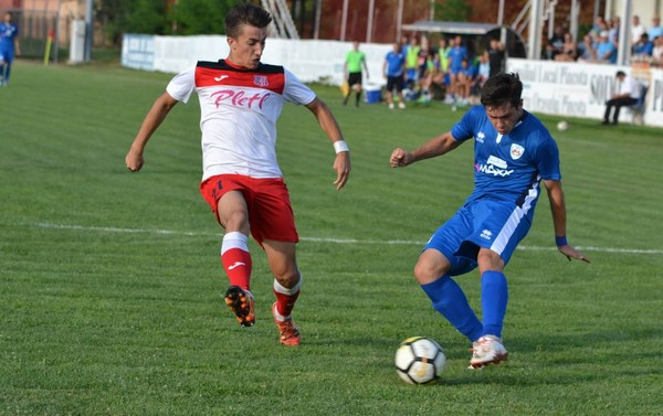 Livetext ora 18:00, Liga a III-a: Șoimii Lipova – Național Sebiș 3-1, final