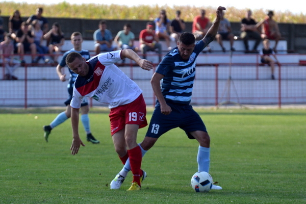 Cupa României: Victoria Zăbrani - Șoimii Lipova 1-2