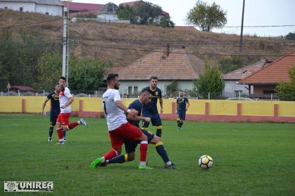 """Lipova își pune în joc fotoliul de lider contra Galdei: """"Rămânem optimiști, încă suntem la mâna noastră pentru promovare"""""""