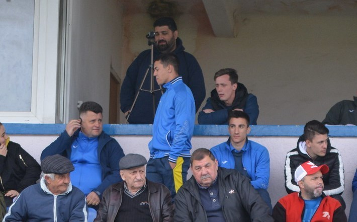 """Lipova – Hunedoara, între demisii retrase și demiteri: """"Să strângem rândurile și să jucăm până în ultima etapă!"""""""