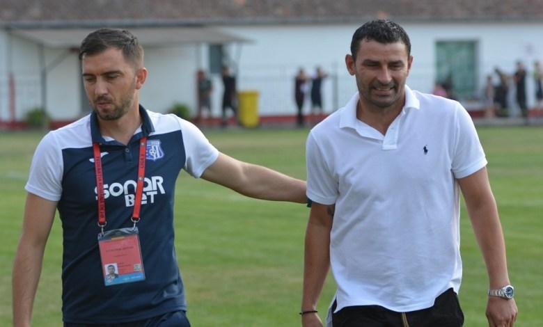 """Derby de Liga 3-a nedecis pe """"Municipalul"""" din Târgu Jiu! Trică: """"Ratăm prea mult"""" v.s. Sabău: """"Ritm bun, rezultat echitabil"""""""