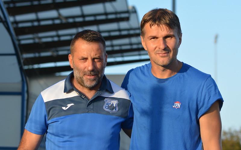 """Derby-ul """"alb-albastru"""" al Cupei a fost adjudecat de Lipova! Lung: """"Nu putem fi supărați pe băieți, au făcut un joc bun"""" v.s. Ciubăncan: """"La înălțime din toate punctele de vedere"""" + FOTO"""