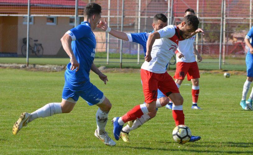 """Șoimii Lipova se desparte de patru jucători, printre care se află și căpitanul Popa: """"M-am simțit ca într-o familie, dar trebuie să fiu aproape de casă"""""""